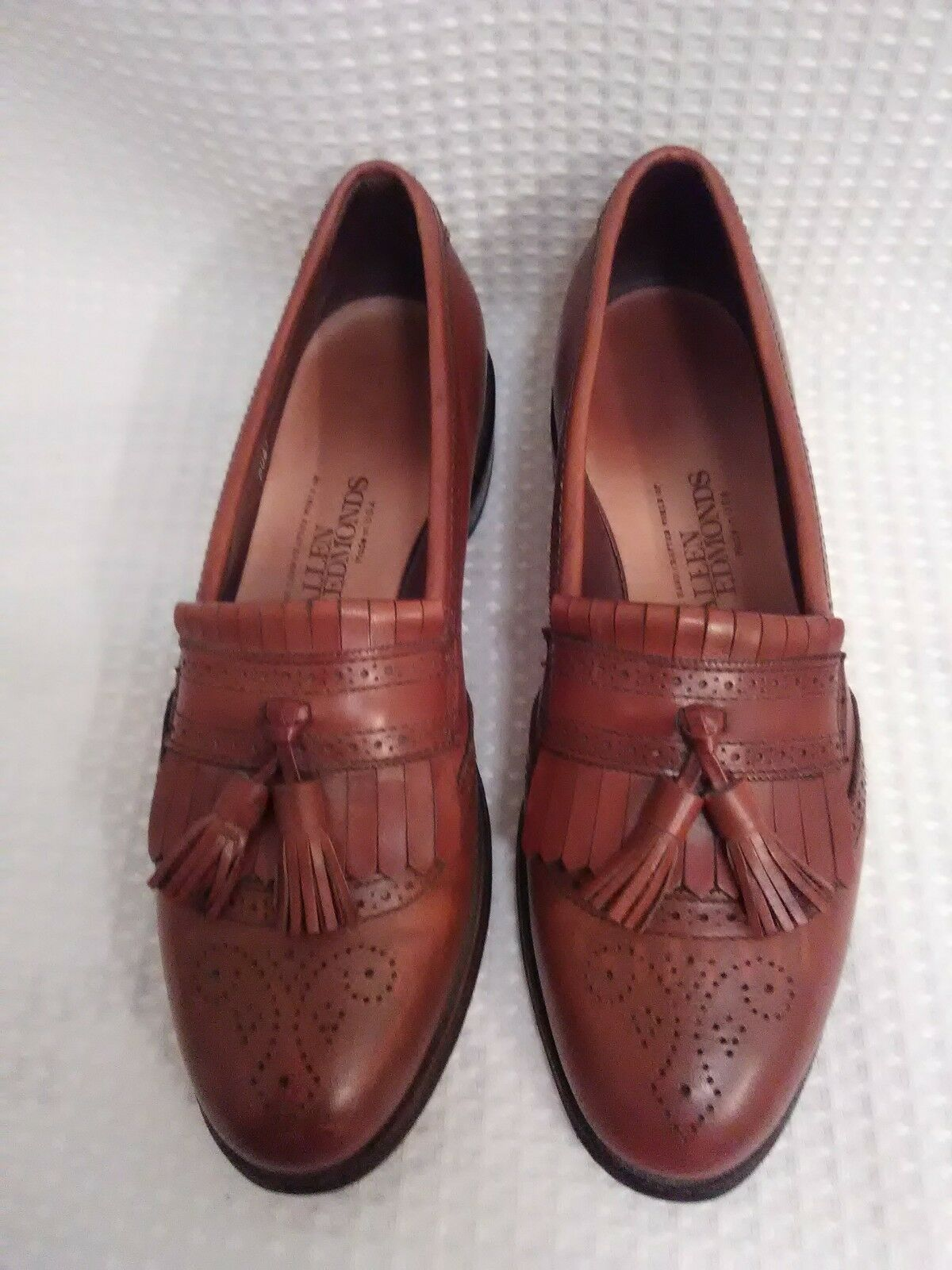 e7f8b43dd9fb68 Allen Edmonds Bridgeton Mens 9 B Oak marron Dress Tassel chaussures Loafers  Leather