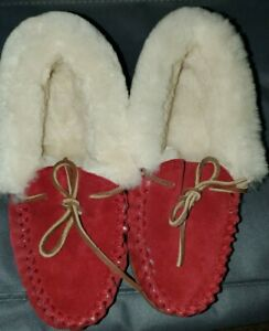 LL-Bean-Women-s-Red-Moccasin-Suede-Shearling-Slippers-6M-New