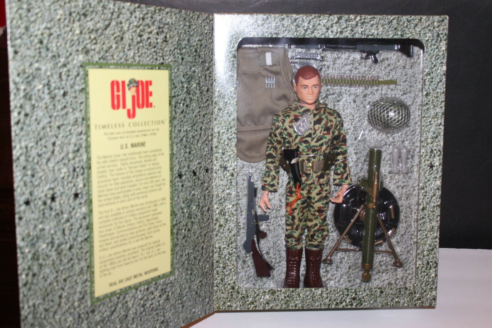 G.I. Joe atemporal Colección armas pesadas serie Marina de EE. UU. en paquete