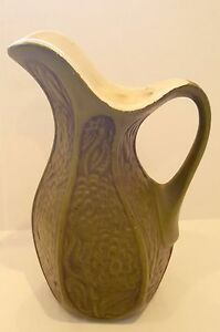 Vintage-McCoy-Pottery-USA-Rich-Olive-Green-Vase-Pitcher-Flower-Floral-Design-9-034