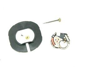 Wristwatch-Parts-Quartz-movement-for-Longines-watch-960-2-spares-or-repair