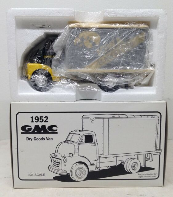 University of Iowa Hawkeyes Football 1952 GMC Dry Goods Van 1st First Gear 1/34