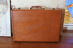 Vintage-Brown-Samsonite-Shwayder-BROS-Hard-Shell-Train-Suitcase-Luggage-Case