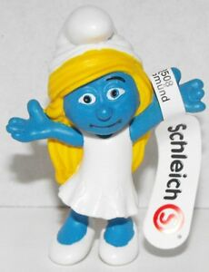20755-Smurfette-Girl-Figurine-from-2013-Smurfs-2-Movie-Plastic-Miniature-Figure
