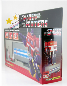 TRANSFORMERS AUTOBOT Optimus Prime tractor to Robot G1 Reissue Toy Gift
