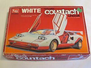 LS MODEL KIT MOTORIZED VINTAGE WHITE LAMBORGHINI COUNTACH LP500R 1/24 - RARE