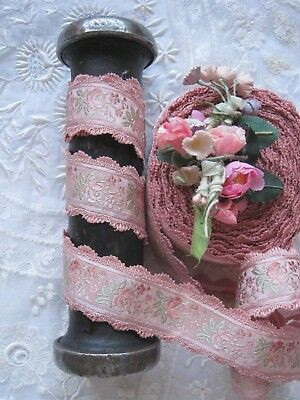 VINTAGE PINK FRENCH 1930/'S RAYON JACQUARD WITH PINK FLOWERS RIBBON TRIM 1 YD