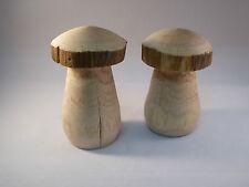 2 Stck gedrechselte Holzpilze aus Eichenstamm Herbstdeko