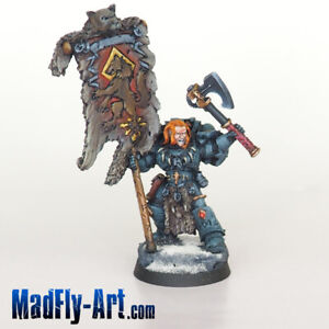 Grey-Hunter-with-Wolf-Standard-PRO5-painted-MadFly-Art