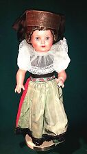Schildkröt Trachten Puppe Schaumburg Lippe 1964 mit Sockel 41cm