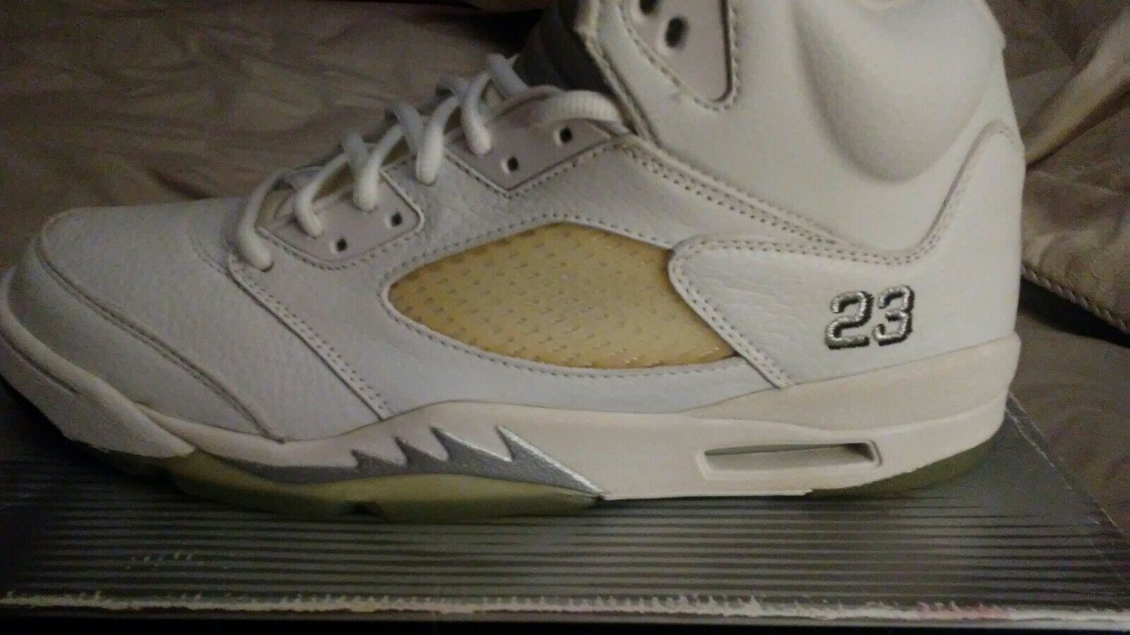 DS OG 2000 White Metallic Jordan 5 with original box, laces, and lace locks