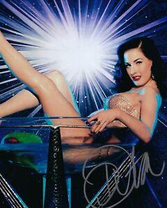GFA-Sexy-Burlesque-Dancer-DITA-VON-TEESE-Signed-8x10-Photo-D4-COA