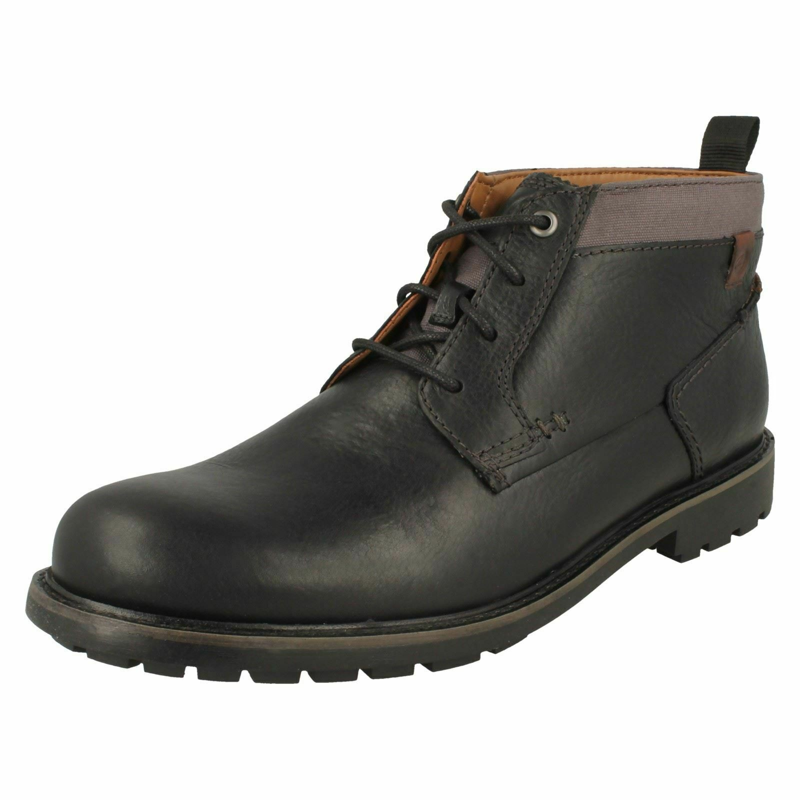 Clarks Mens Lace Up Chukka Boots Bowzer Mid