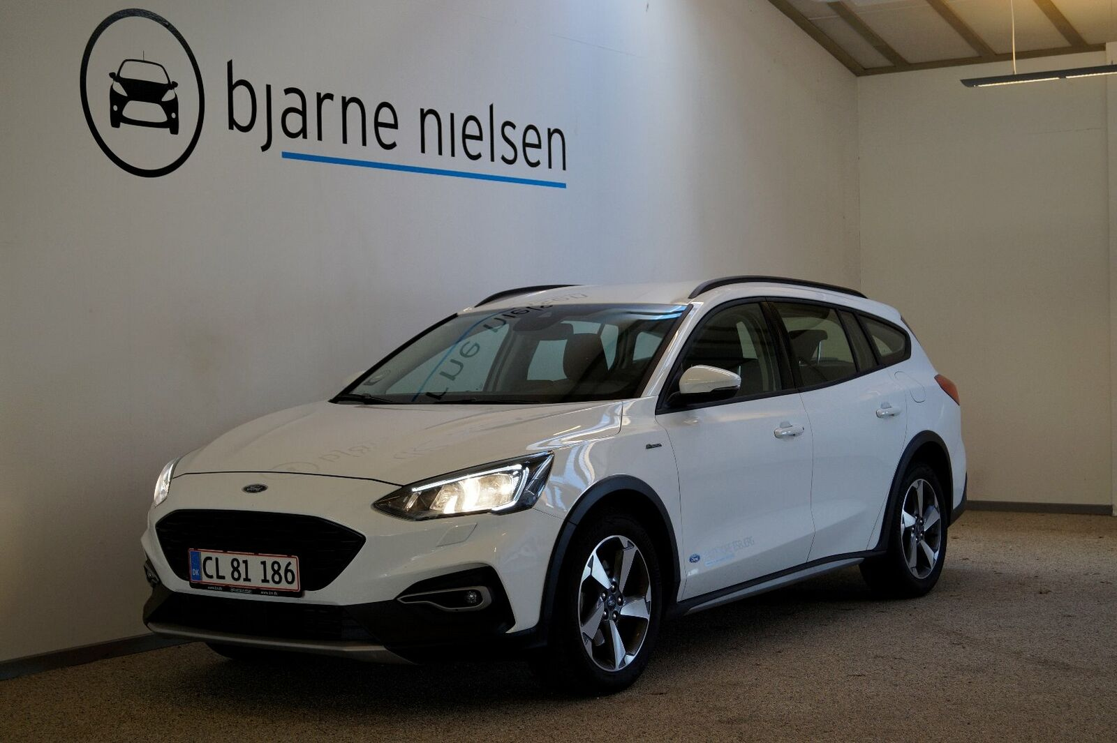 Ford Focus 1,0 EcoBoost Active Business stc.