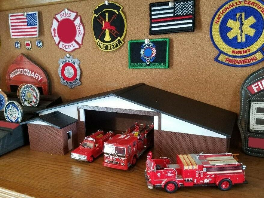 1 64 scale Los Angeles County Fire Station shelf top display Built and Ready