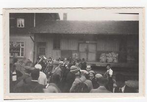 2-446-FOTO-FUSSEN-EMPFANGT-SEINE-GASTE-1935-BAHNHOF
