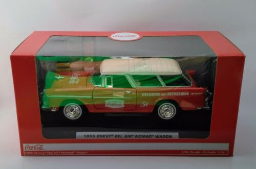 Coca-Cola /'55 Bel Air Nomad Wagon with Extras BRAND NEW 1:24 Scale