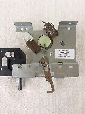 WOLF WALL OVEN DOOR LOCK 800263