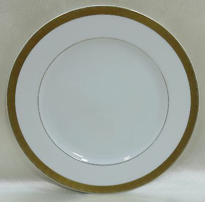 SANGO Salad - Luncheon - Dessert Plate Royalty 3625 Wide Gold Trim with Leaves