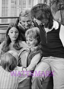 Groovy Details About The Partridge Family Tv Show Cast Group Sitting On Couch Publicity Photo Gmtry Best Dining Table And Chair Ideas Images Gmtryco