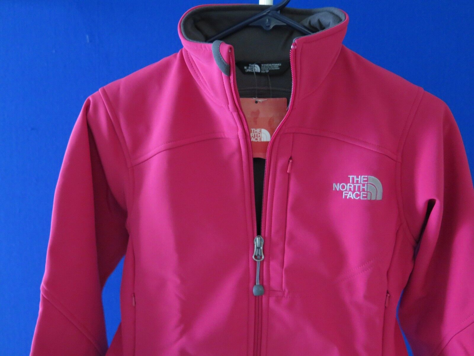 NWT Women's   XS  The North Face Caroleena Full Zip Soft Shell Pink