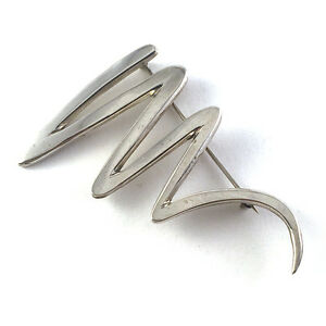Vintage-Modern-Sterling-Silver-Zigzag-Underline-Gesture-Brooch-Mid-Late-20th-C