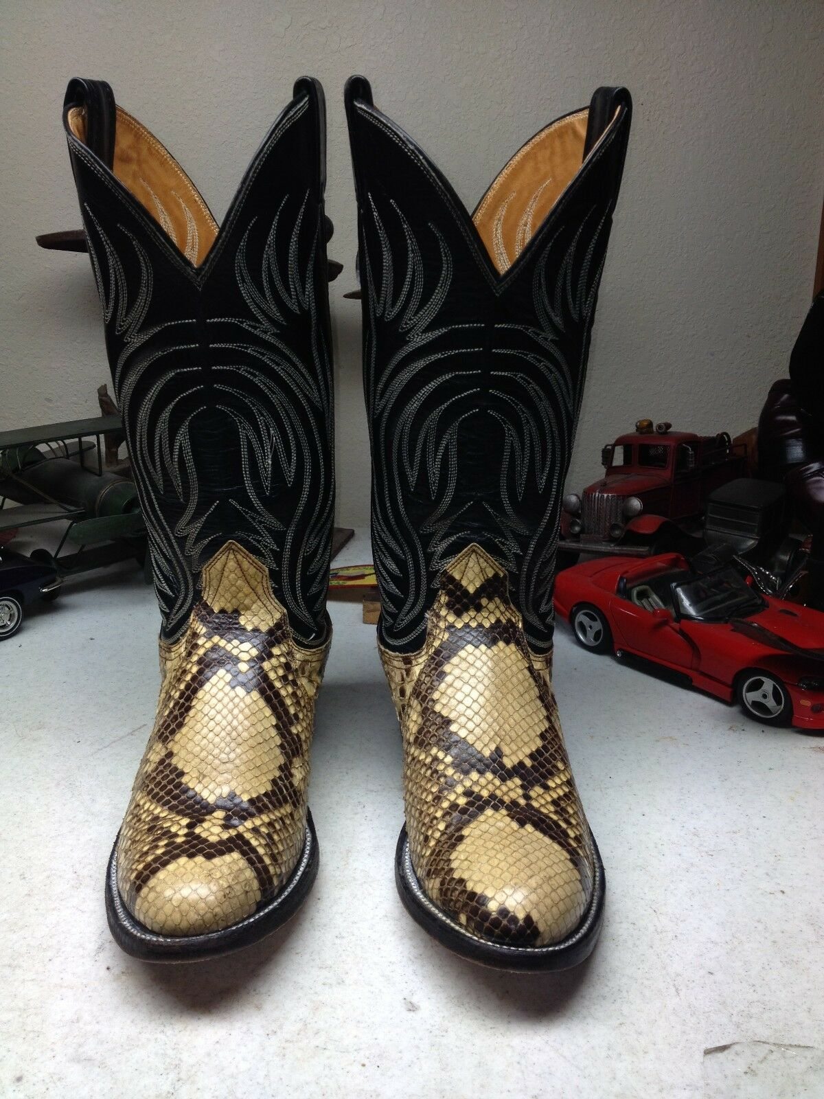 CLASSIC NOCONA MADE IN USA BROWN LEATHER SNAKE SKIN WESTERN COWBOY BOOTS 9 B