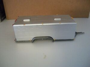 1/25  BOX TRAILER. PLASTIC.  USED.