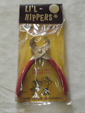 VINTAGE  FISHING 1960-70S LI'L NIPPERS FISHERMAN'S PINCHERS UNUSED NOS