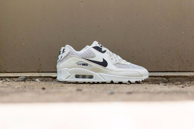big sale 0ef7e 5c6c2 Nike Air Max 90 Essential Light Bone Black-Black 537384-074 Mens Sz