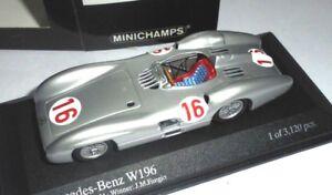 car-1-43-MINICHAMPS-432543016-MERCEDES-W196-16-WINNER-ITALIA-039-54-FANGIO-NEW-BOX