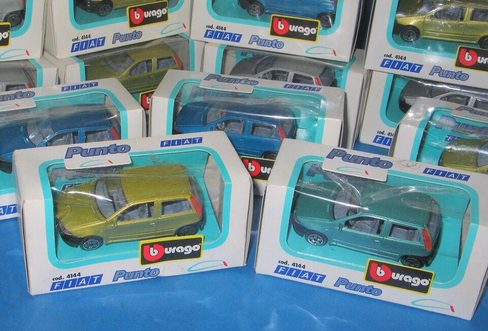 Biler, 25 Burago Fiat Punto modelbiler