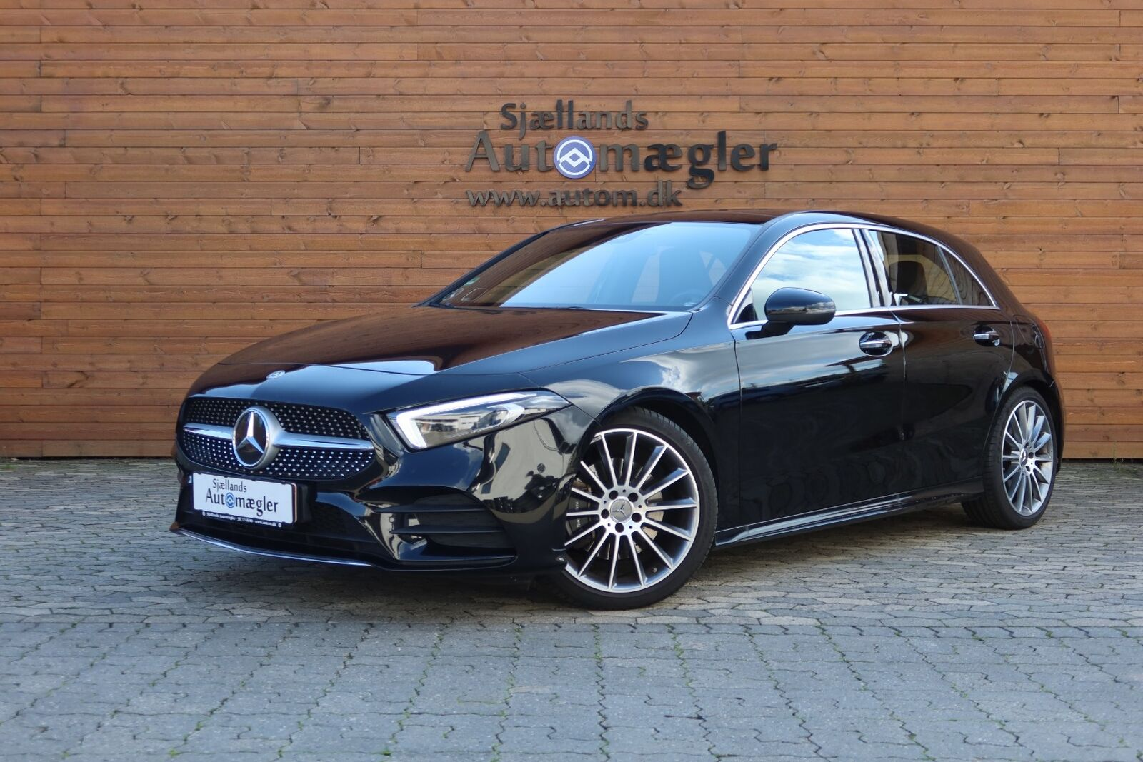 Mercedes A220 2,0 AMG Line aut. 4Matic 5d