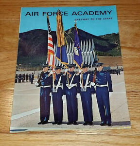 1964-Air-Force-Academy-Cadets-Gateway-to-the-Stars-Recruitment-Information-Book