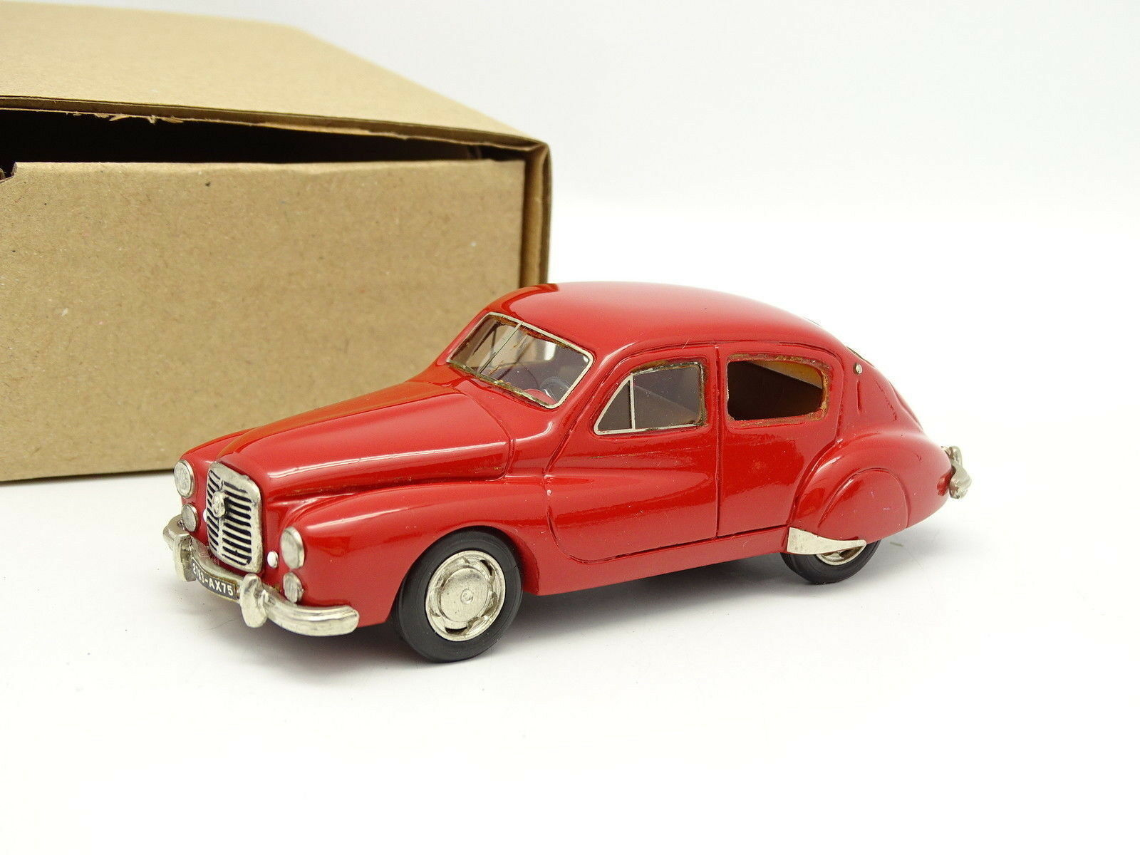 But Collection Brianza Resin 1 43 - Hotchkiss Gregory 1952 Red