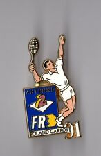 Pin's Roland Garros 1991 / média Antenne 2 et FR3 (zamac signé Arthus Bertrand)