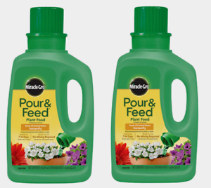 2 ~ Miracle-Gro POUR 'N FEED 32 oz Plant Food Liquid Strong