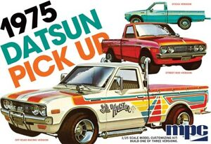 MPC-1-25-1975-Datsun-Pickup-Truck-Plastic-Model-Kit-MPC872