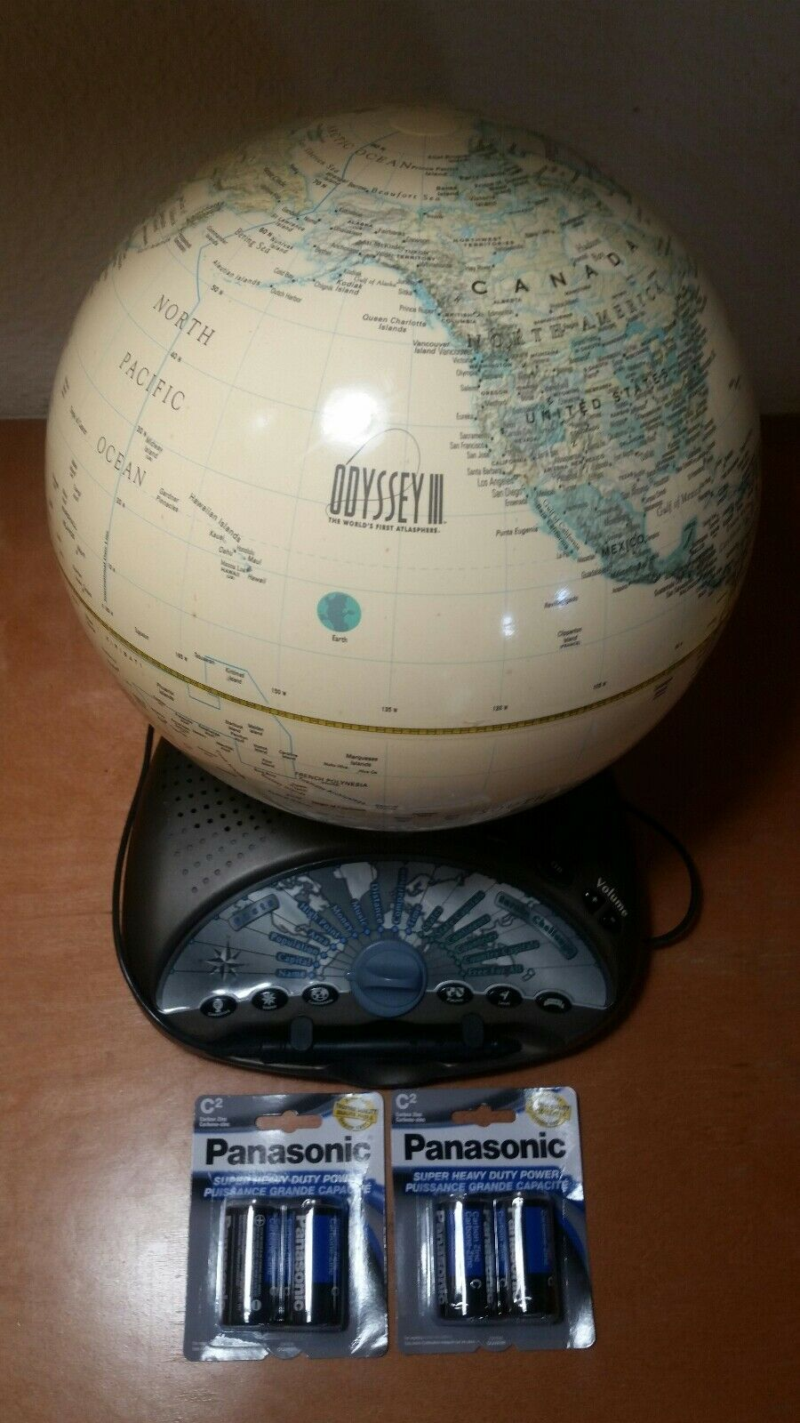 ODYSSEY III Leapfrog Interactive Educational Talking GLOBE (Eureka Challenge)