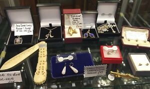 Another-Bargain-CLEARING-OLD-JEWELLERS-storeroom-Interesting-Old-Jewellery