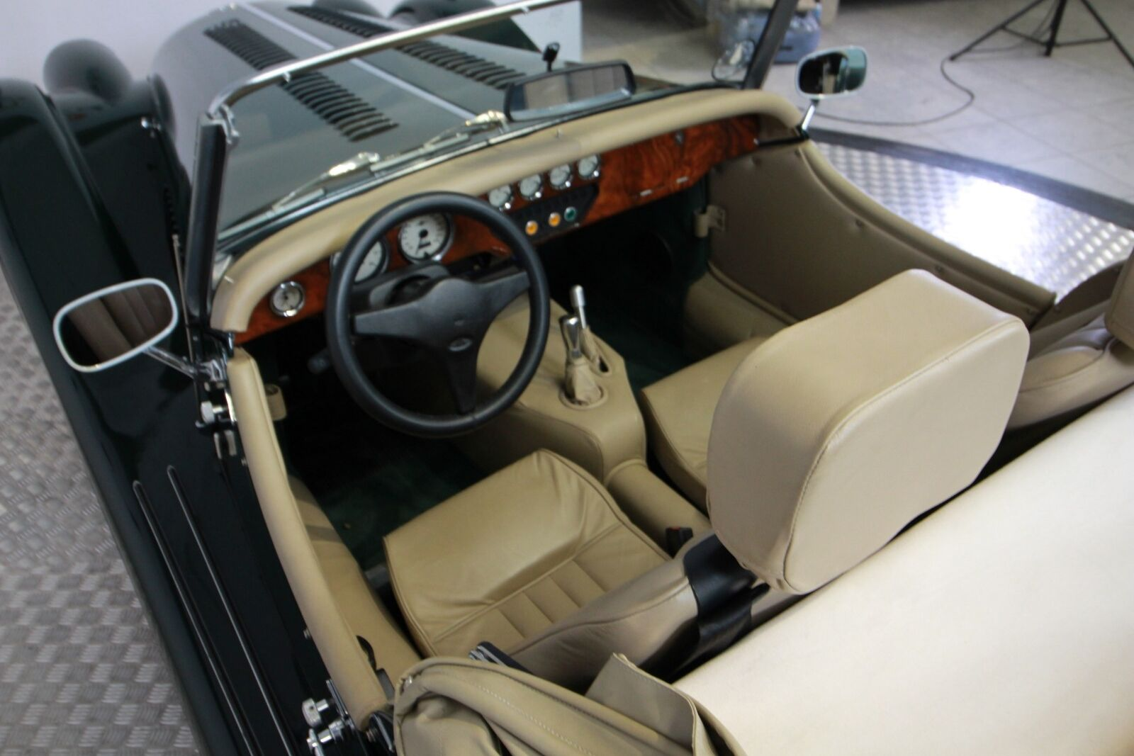 Morgan Plus 8 2 seater