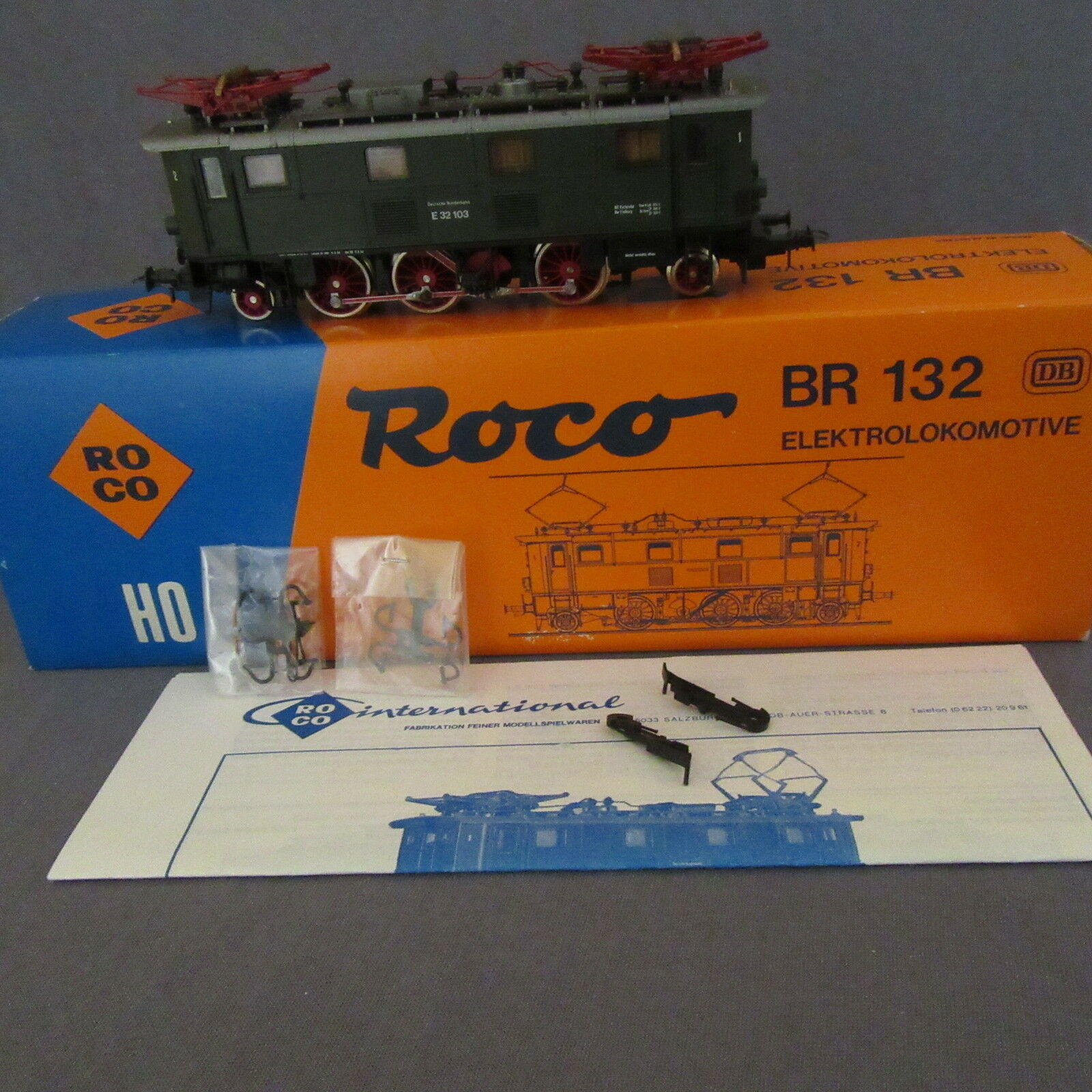 682B Roco 04145 A Locomotive BR 132  DB HO 1:87 Boite