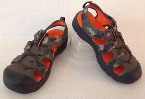 Op-Shoes-Boy-039-s-13-Camo-Sandals-Green-Black-Orange-Rubber-Sole