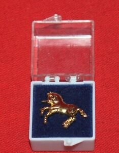 COLT-FIREARMS-FACTORY-Gold-Rampant-Colt-Tie-Tack-Pin-Mint-in-Box-1989