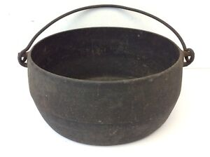 Antique Old Black Cast Iron Metal Oval Shaped Bean Pot
