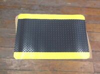 Notrax 490 Anti-fatigue Mat, 3 Ft. L X 2 Ft. W, Black/yellow (d65f)