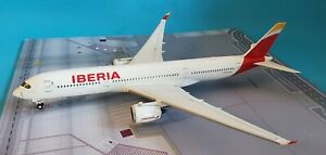 InFlight200-Airbus-A350-900-Iberia-A7-AMA-039-with-stand-039-Ref-IF350JJ002