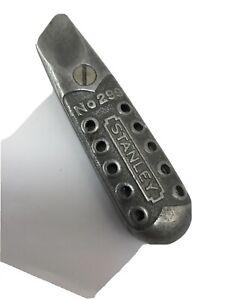 Vintage-Stanley-No-299-Utility-Box-Knife-Art-Deco-Honeycomb-Style-Aluminum