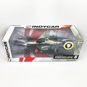 1-18-2018-Greenlight-James-Hinchcliffe-5-with-Figure-IndyCar-Diecast