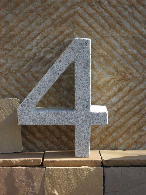 4 - Hausnummer aus echtem Granit - 40 cm hoch - Buchstaben und Zahlen aus Granit